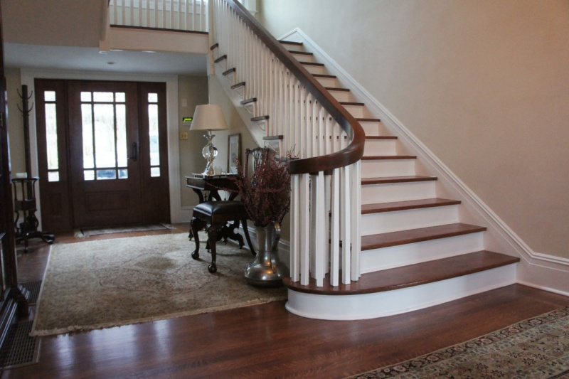Staircase and Handrails Repairing and  Refinishing