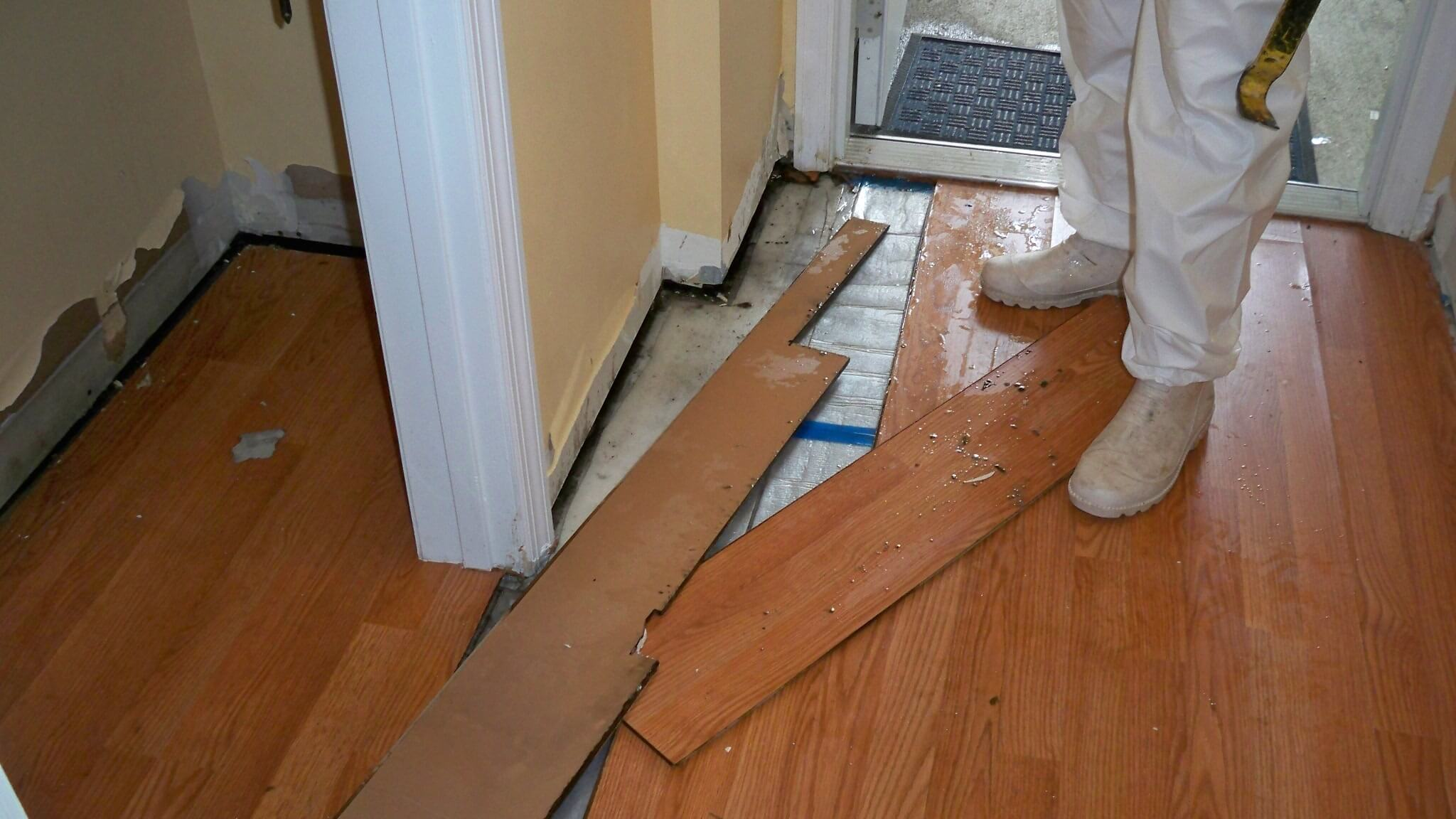 Image Of Hardwood Vs Laminate Flooring In Kinnelon Nj
